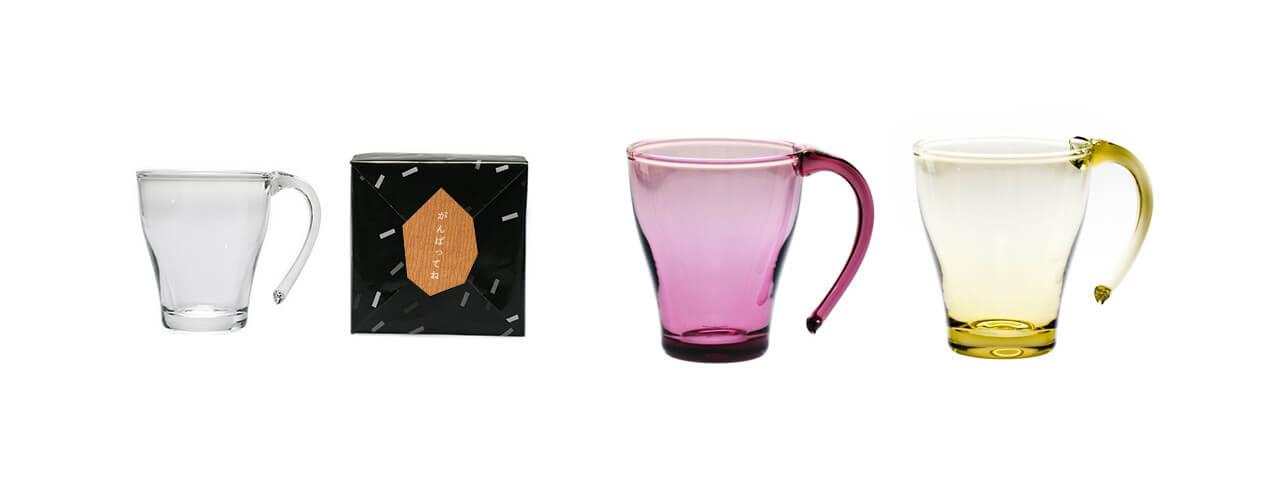 引っ越し祝いにハンドメイドのグラスのカップを